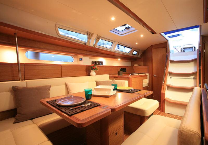 barca-Sun-Odyssey-49i--interni-gallery-2
