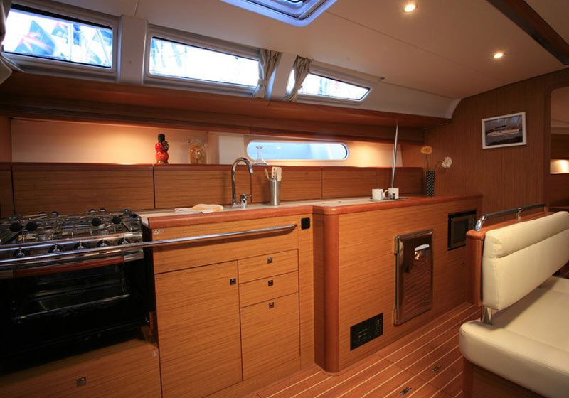 barca-Sun-Odyssey-49i--interni-gallery-6