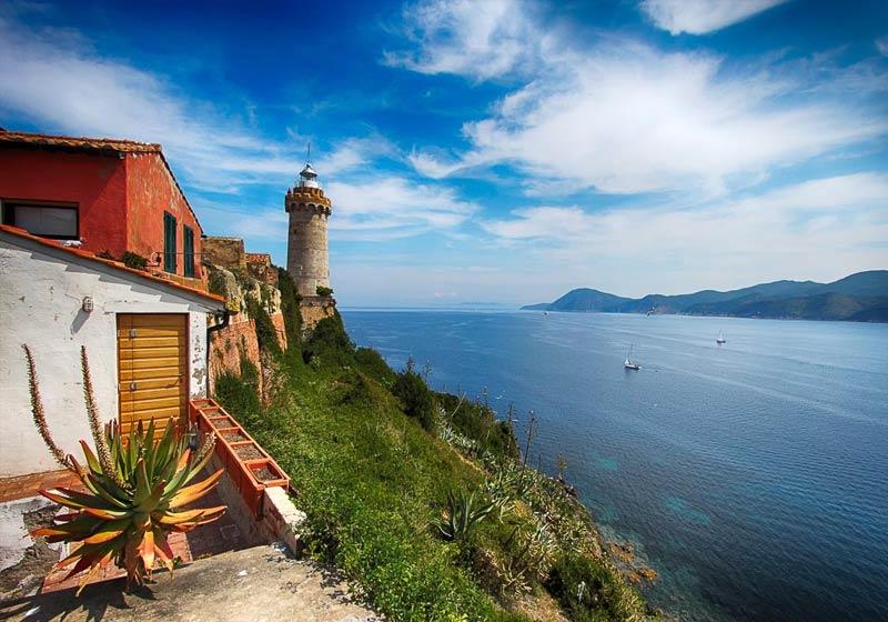 Faro sull'isola d'Elba