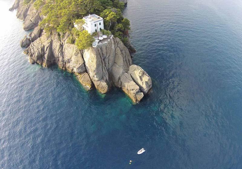 Portofino, faro sul promontorio